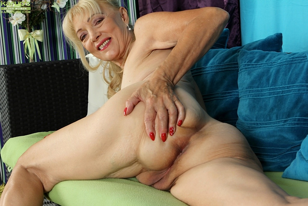 Old Lady Porn Mature Pics, Nude Women Gallery