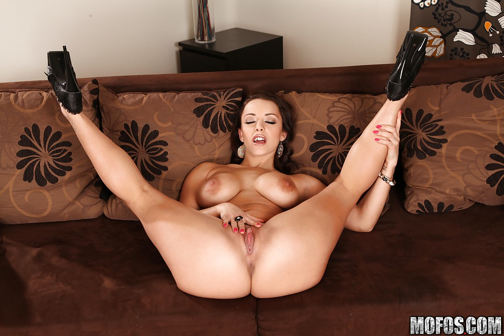Busty French Chick Liza Del Sierra Changes Into Hot Lingerie For Her Hubby Inthecrack 1