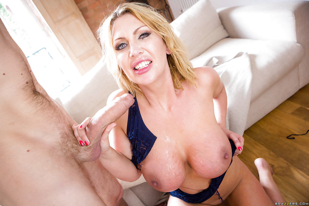 Big tits and creampie